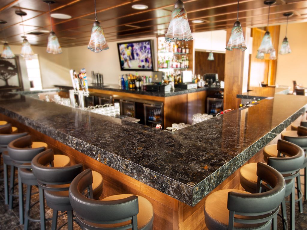 armitage_shoreland_golf_bar_large